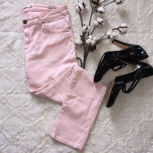 Zara Denim - On trend 💗 Zara ballet pink ankle jeans