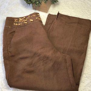 Larry Levine Pants - Womans linen brown Capri pants