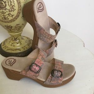 Dansko Shoes - Sand Stained Glass Danskos!! 39/9 New