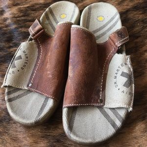 Dr. Martens Other - Dr. Martens slip on men's sandal size 10