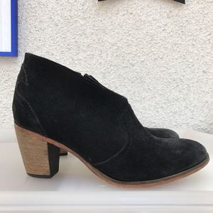 Johnston & Murphy Shoes - ! Johnston & Murphy Black Suede Ankle Booties