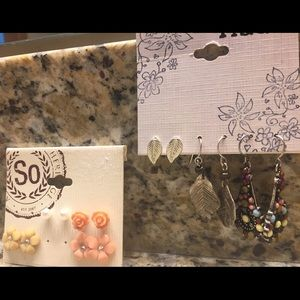 Jewelry - 7 pairs of fashion earrings