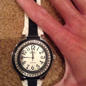 Geneva Platinum Accessories - Vintage Geneva watch circa 1960's