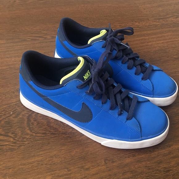 Nike Sweet Classic Leather Men s Shoes 9.5. M 58d2ba755a49d05b4e034c8d dd5398071
