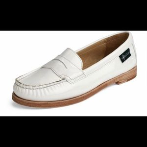 eastland Shoes - Eastland Campus Chandler Loafers NEW