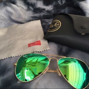 Ray Ban Aviator Mirrored Sunglasses