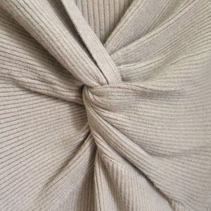 Sweaters - • boutique • Knot sweater