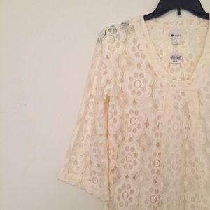 Stylus  Dresses & Skirts - NWT Boho floral lace bell sleeve shift dress
