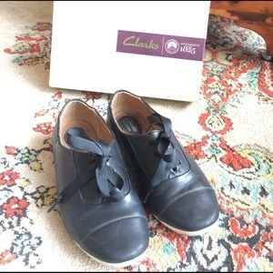 Clarks Shoes - Clarks shoes
