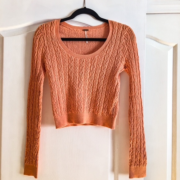 e6e2361a022 NWOT Free People Cable Knit Crop Sweater