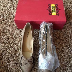 Vaneli Shoes - VANELI LEXINE TRUFFLE SHOES 👠 NEW
