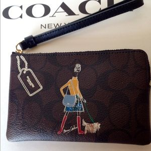 Coach Handbags - PRICE DROP!❤NWT Coach Bonnie Cashin Wristlet