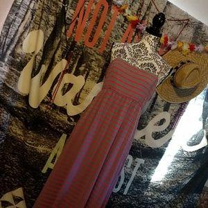 Comfy Maxi Dress