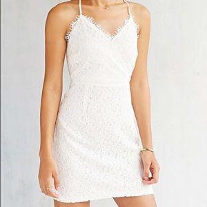 Kimchi Blue Dresses & Skirts - NWT Urban Outfitters Kimchi Blue White Lace dress