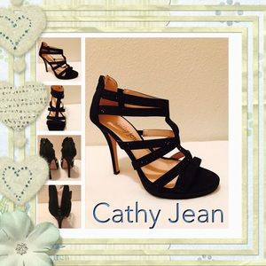 Cathy Jean Shoes - Black dress high heals with zipper.✂️TAKING OFFER
