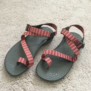 Chacos Shoes - Classic style chacos