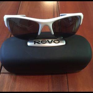 """Revo Accessories - """"SALE"""" NWOT Revo Chasm Polarized"""