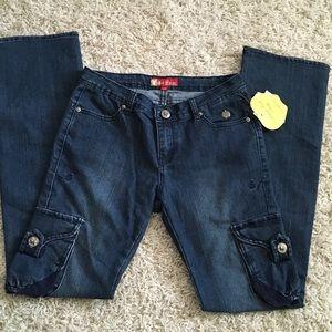 Apple Bottoms Denim - NWT 🍎 Apple Bottom jeans 👖