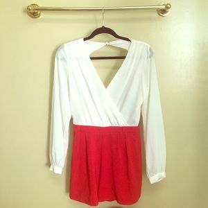 AKIRA Black Label White and Red Romper size S