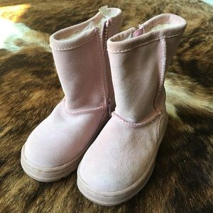 Cherokee Other - Cherokee pale pink toddler size 6 boot