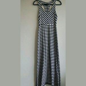 Monteau Dresses & Skirts - Striped Halter Monteau Maxi Dress Size Medium