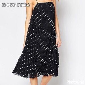 ASOS Dresses & Skirts - ❤️HOST PICK!❤️ ASOS Swing Dot Dress