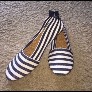 American Eagle by Payless Shoes - Navy and white shoes