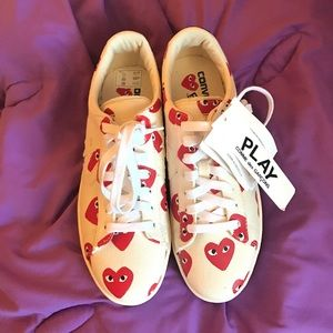 Comme des Garcons Shoes - Authentic Comme de garcons sneakers