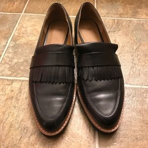 14th & Union Shoes - Black leather fringed loafers