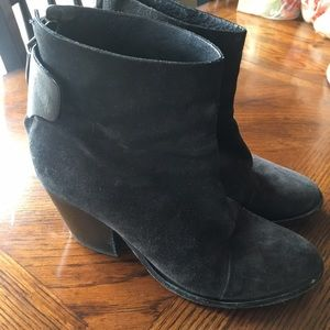 Rag & Bone greyish black suede booties