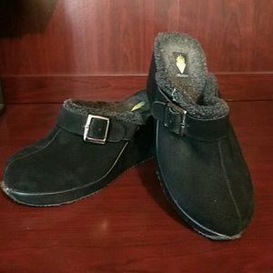 Volatile Shoes - Cozy Volatile Mules