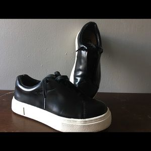 eytys Shoes - Eytys Doja Leather Sneakers Shoes Unisex Size 7