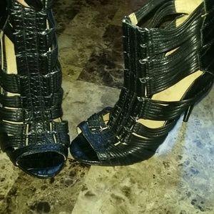 L.A.M.B. Shoes - L.A.M.B. GWEN STEFANI Caged Leather Sandals 5.5