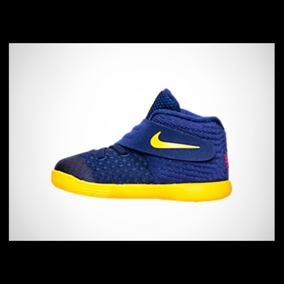 check out f5a4b a53b5 Boys' Toddler Nike Kyrie 2 Basketball Shoes NWT