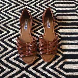 American Eagle by Payless Shoes - American Eagle brown camel sandals