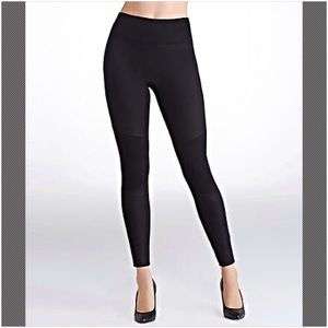 SPANX Pants - 30% OFF BUNDLES☀️Spanx Structured Moto Leggings☀️