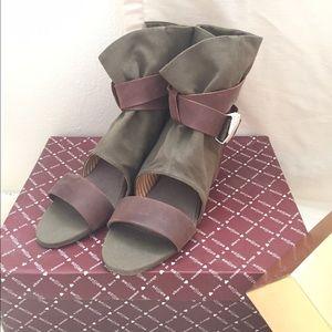 80%20 Wedge Sandal