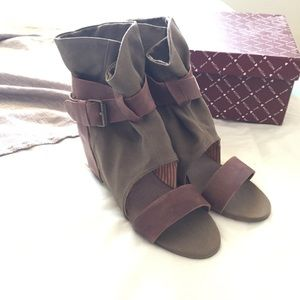 80%20 Shoes - 80%20 Wedge Sandal