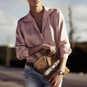 H&M Tops - 🆕 H&M Pink Satin Button-Down