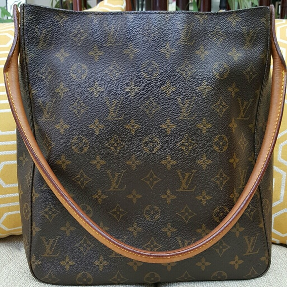 52ef66d8e4ce Louis Vuitton Handbags - Authentic Large LV Looping Shoulder Bag-Used