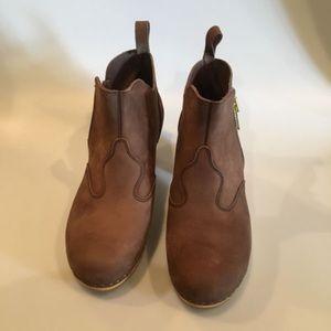 Swedish Hasbeens Shoes - Swedish Hasbeens Zip It Clog Boot