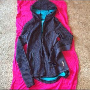 Zella XS hoodie with thumbholes 