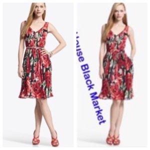 White House Black Market Dresses & Skirts - WHBM pleated floral dress