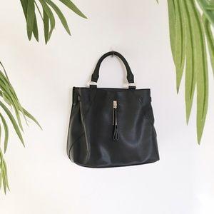 Danielle Nicole Handbags - 🆕 Danielle Nicole Black Handbag