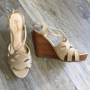 "Seychelles Shoes - Seychelles ""Worth It"" Wedge in Vachetta"