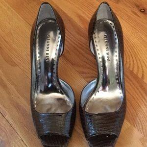 Gianni Bini Shoes - Gianni Bini brown reptile embossed heels