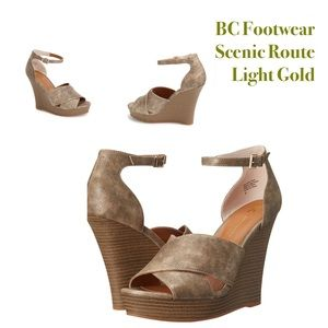 BC Footwear Shoes - ✨New✨BC Footwear Scenic Route Light Gold Wedges✨