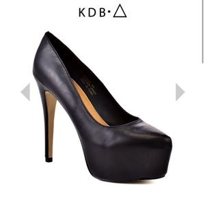 Kelsi Dagger Shoes - Kelsi dagger black Pantent pump high heel