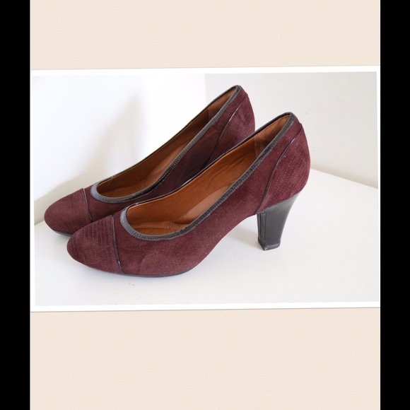 3a9b2bd5fdf7f Clarks Shoes | Artisan Pumps | Poshmark