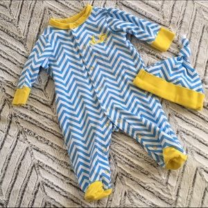 Offspring Other - ⭕️ Blue Chevron Scooter Footed Romper and Hat 3m